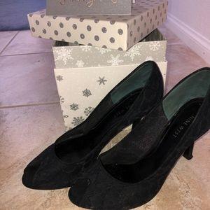 Nine West Black peep toe heels
